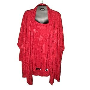 Embossed Red Flower Plus sized top set in 2X